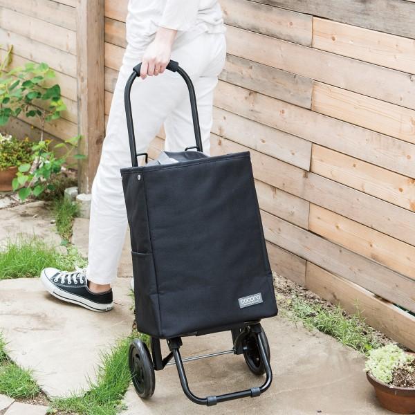 重い荷物はカートで